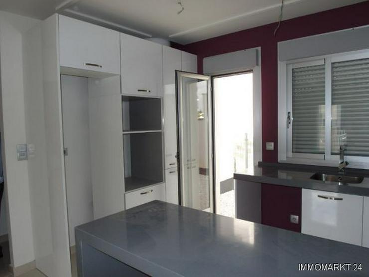 Bild 4: Moderne Erdgeschoss-Appartements mit Gemeinschaftspool