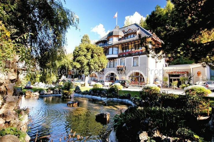 Bild 2: Preissenkung! Luxuriöses Parkhotel mit 10.000 qm bebaubarem Kurpark im Engadin in Bestlag...