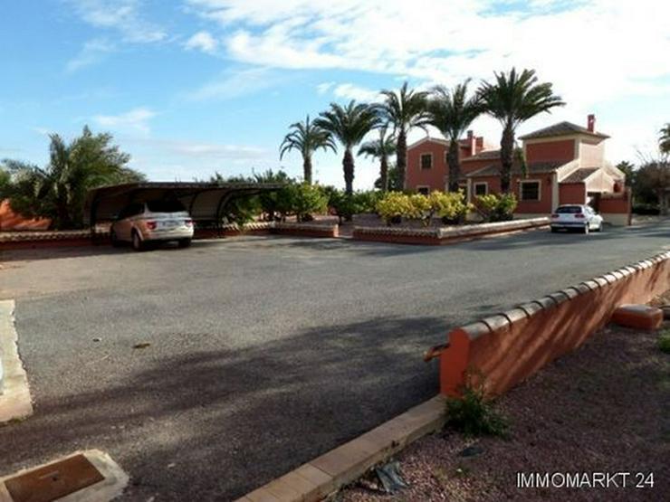 Bild 2: Landhaus-Villa für höchste Ansprüche