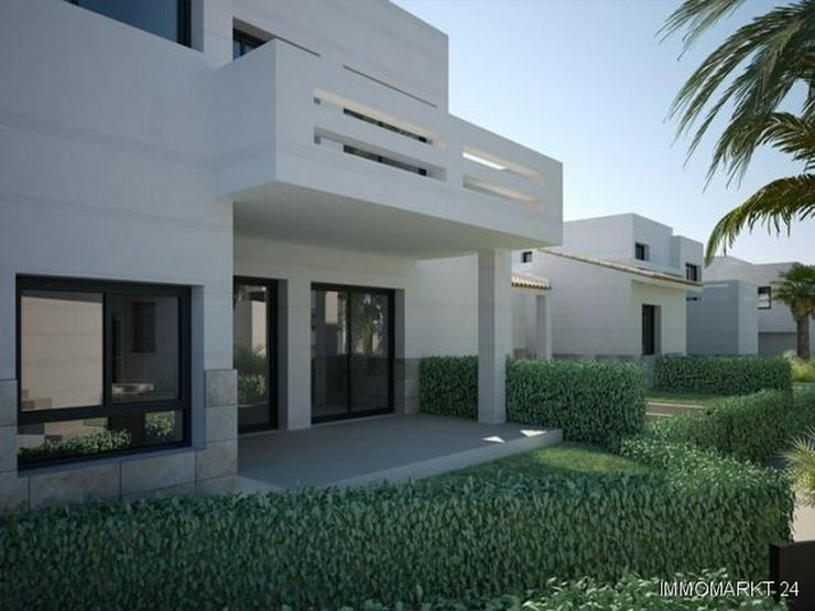 Bild 2: Neubau - Appartements mit Gemeinschaftspool am Golfplatz
