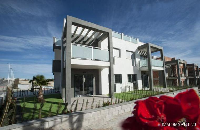 2-Schlafzimmer-Obergeschosswohnungen mit Gemeinschaftspool und Spa - Wohnung kaufen - Bild 1