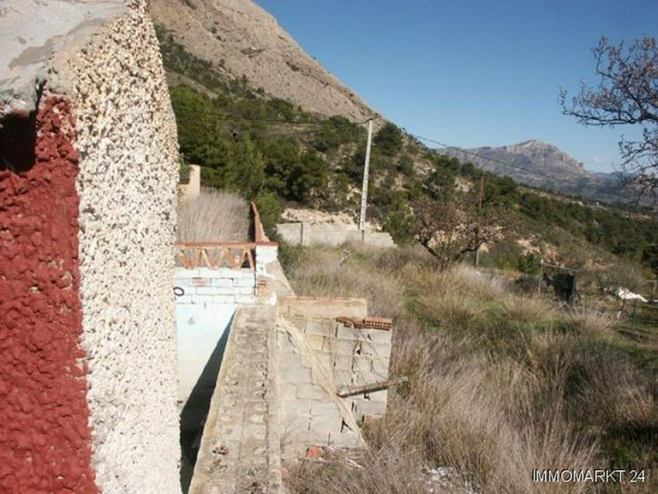 Bild 5: Grundstück mit Meerblick bei Tibi