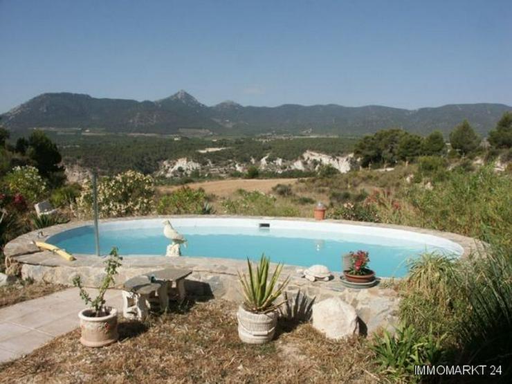 Landhaus-Villa mit beeindruckendem Panoramablick - Haus kaufen - Bild 1