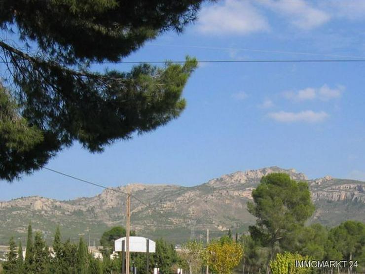 Bild 2: Landhaus-Villa mit sehr schönem Ausblick