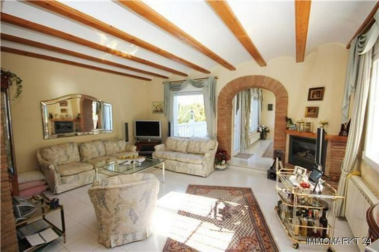 Bild 5: Villa mit Gästeappartement, Pool, Jacuzzi, Sauna und Garage