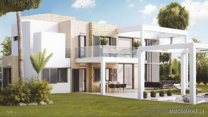 Moderne 2-Schlafzimmer-Villen mit Gemeinschaftspool - Bild 1