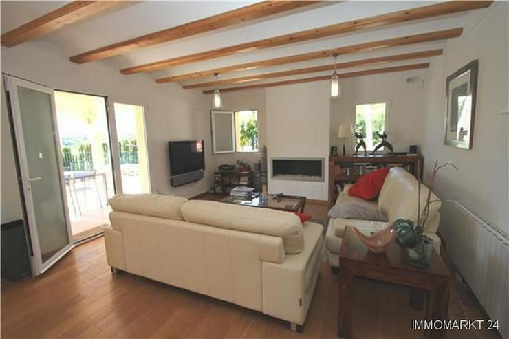 Bild 3: Wunderschöne Villa mit 4 Schlafzimmern in sehr privater Südlage in Javea