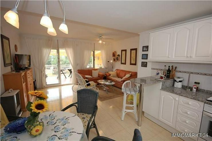 Bild 5: Schöne und meernahe Wohnung mit Gemeinschaftspool und großem Balkon