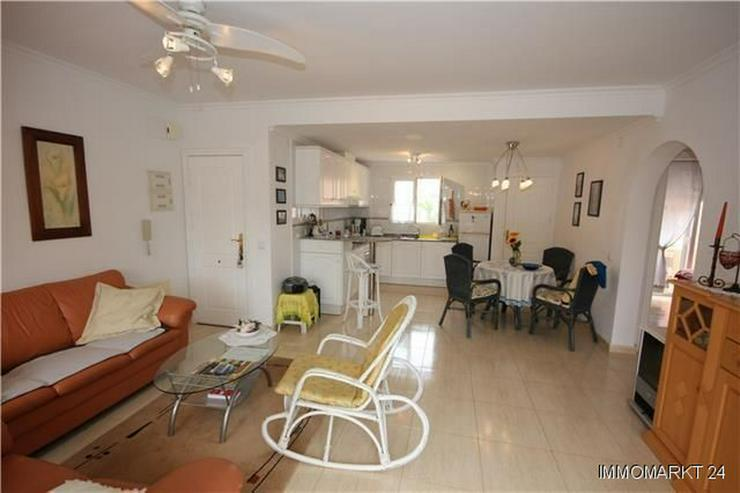 Bild 2: Schöne und meernahe Wohnung mit Gemeinschaftspool und großem Balkon