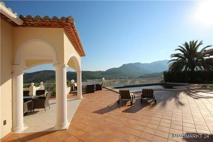 Bild 2: Luxuriöses Villenanwesen mit herrlicher Fernsicht in der Golfanlage La Sella
