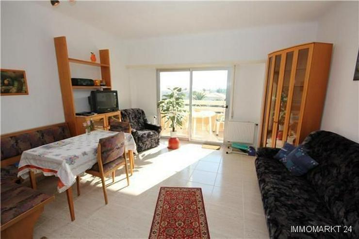 Bild 6: Renovierte Penthouse-Wohnung mit 2 Balkonen nur 150 Meter vom Strand