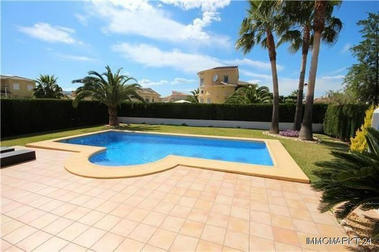 Bild 2: Traumhafte Villa mit Pool nur 600 Meter zum Meer