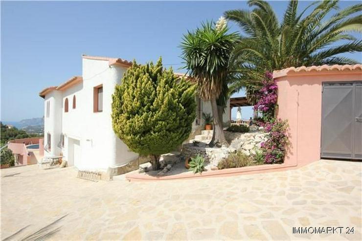 Bild 3: Villa mit Gästewohnung, Pool und beeindruckendem Ausblick