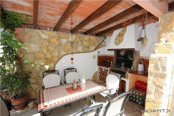 Bild 4: Villa mit Gästewohnung, Pool und beeindruckendem Ausblick