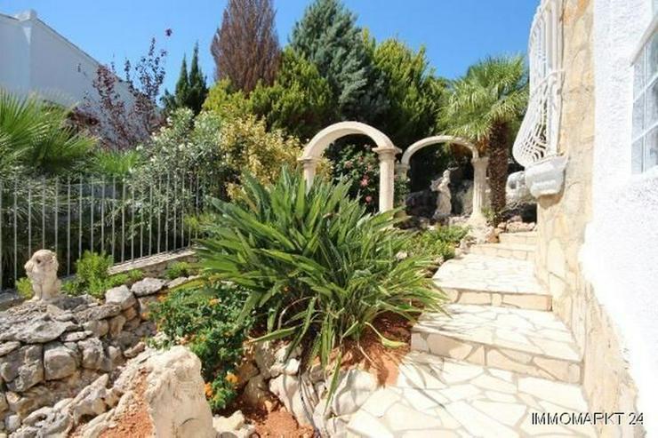 Bild 6: Schöne Villa in ruhiger Lage mit traumhafter Aussicht und Privatpool