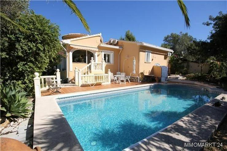 Sehr private villa mit pool wintergarten und carport in denia spanien auf - Wintergarten mit pool ...
