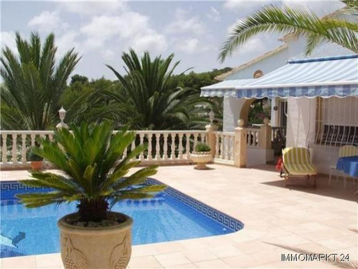 Bild 3: Renovierte Villa mit 2 Wohneinheiten, Pool und herrlicher Meersicht in Buena Vista