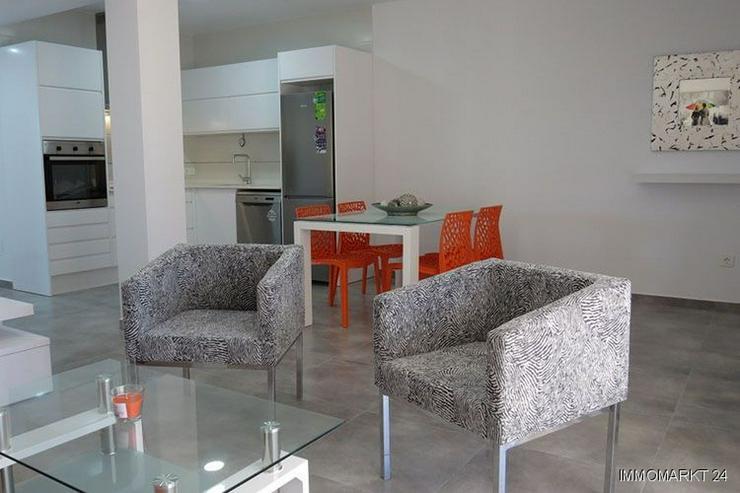 Bild 6: Obergeschoss-Appartements in wunderschöner Anlage mit Gemeinschaftspool