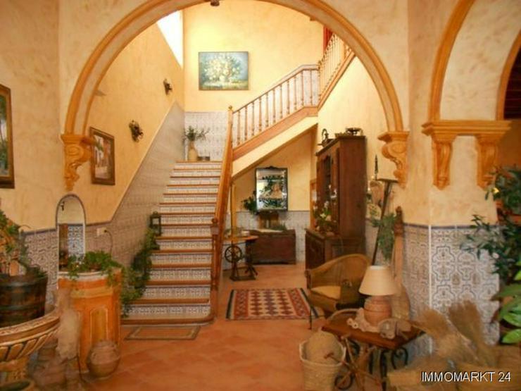 Bild 4: Wohnhaus für eine große Familie, auch geeignet für Pension oder Hotel Garni