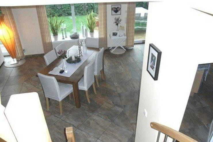 Bild 6: Anspruchsvolles, modernes Einfamilienhaus mit Doppelcarport und Geräteraum in Garrel!!!