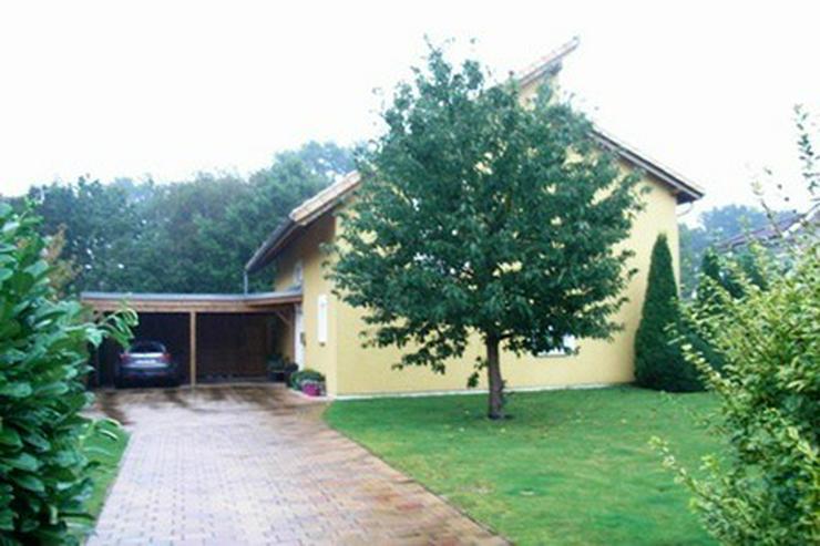 Bild 3: Anspruchsvolles, modernes Einfamilienhaus mit Doppelcarport und Geräteraum in Garrel!!!