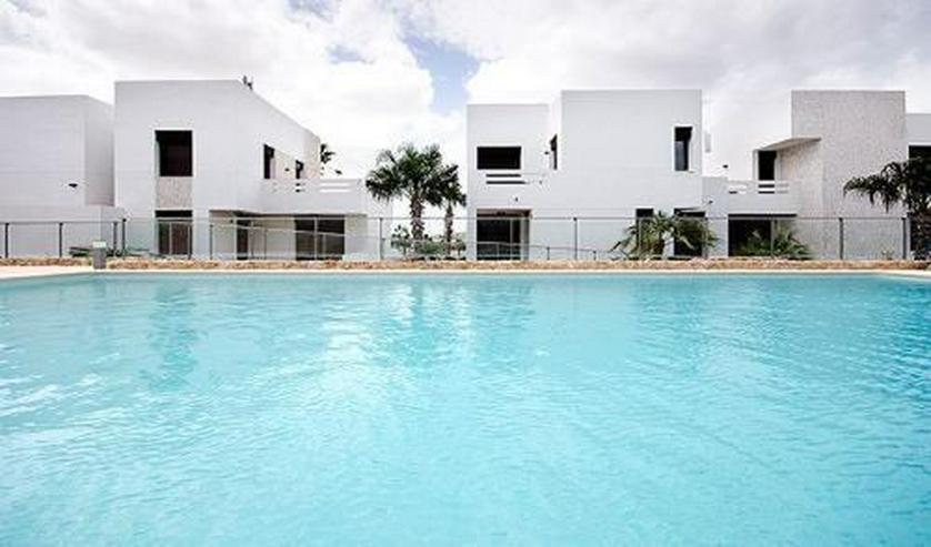 Bild 2: Moderne Erdgeschoss-Appartements mit Gemeinschaftspool in sehr schöner Golfanlage