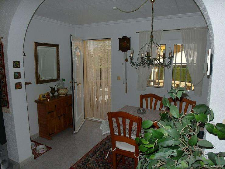 Bild 5: Sehr gepflegte Villa mit 2 Wohnzimmern und schönem Ausblick auf Grünzone