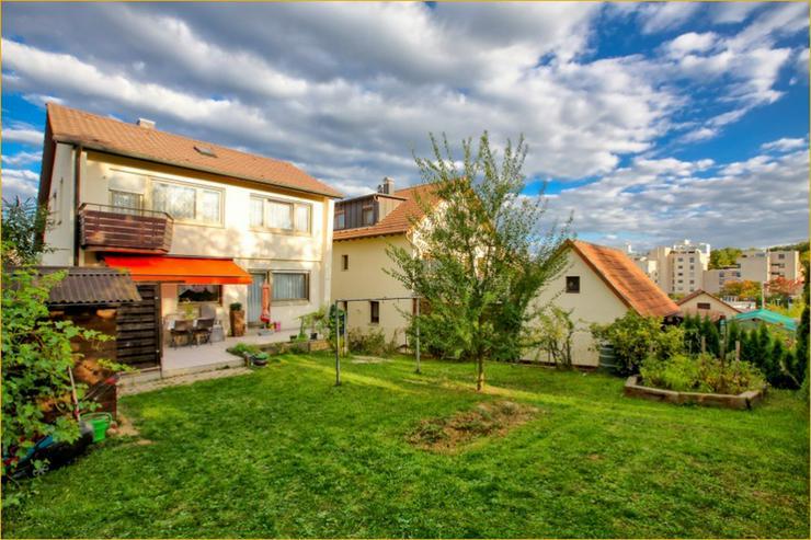 Seltene Gelegenheit: Freistehendes 1-2 Familienhaus in Randlage - Bild 1