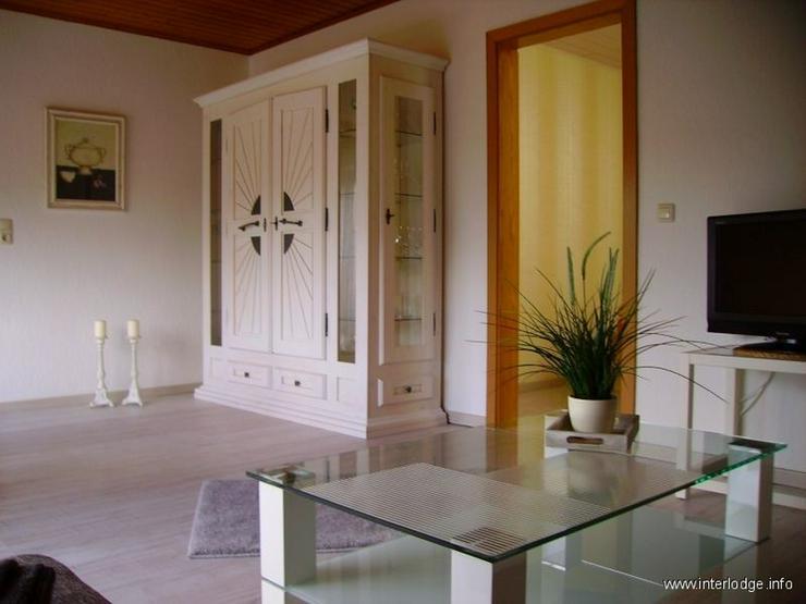 Bild 6: INTERLODGE Modern möblierte 2-Zi.-Whg mit separatem Eingang und Balkon in bevorzugter Woh...