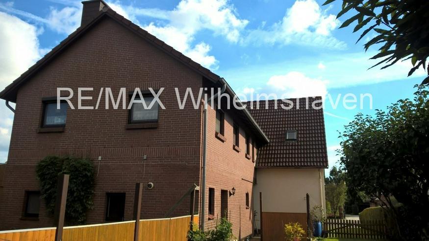 Bild 6: REMAX bietet an: Zwei gepflegte Doppelhaushälften in Einem