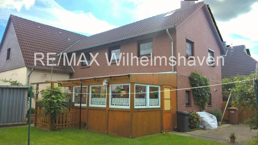 Bild 3: REMAX bietet an: Zwei gepflegte Doppelhaushälften in Einem