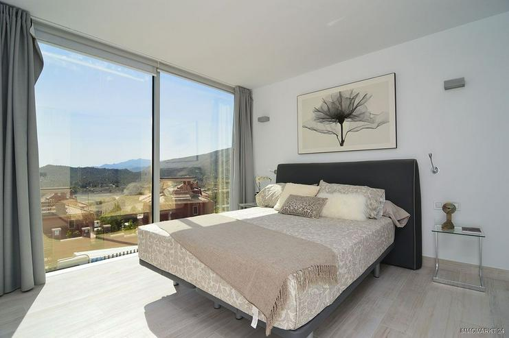 Bild 7: Exklusive und großzügige 5-Zimmer-Villen mit Whirlpool, Gemeinschaftspool und Meerblick