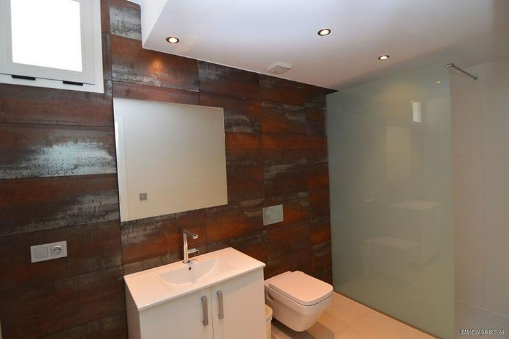 Bild 13: Exklusive und großzügige 5-Zimmer-Villen mit Whirlpool, Gemeinschaftspool und Meerblick