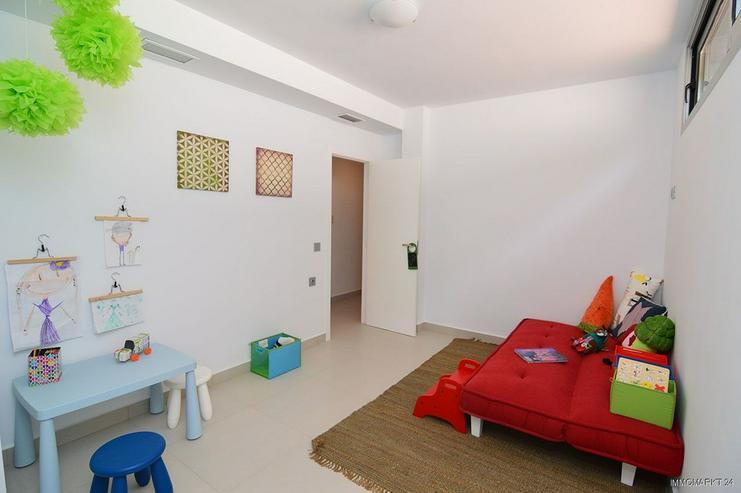Bild 14: Exklusive und großzügige 5-Zimmer-Villen mit Whirlpool, Gemeinschaftspool und Meerblick