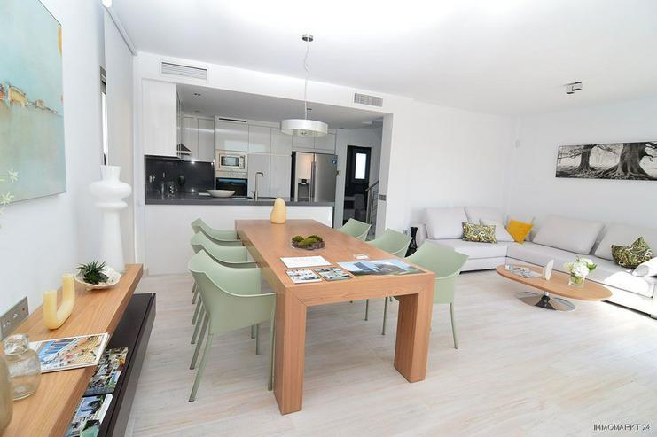 Exklusive und großzügige 5-Zimmer-Villen mit Whirlpool, Gemeinschaftspool und Meerblick - Haus kaufen - Bild 3