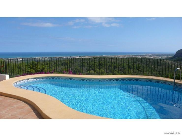 Bild 2: Sehr schöne Villa mit Gästeappartement und einem fantastischen Meerblick