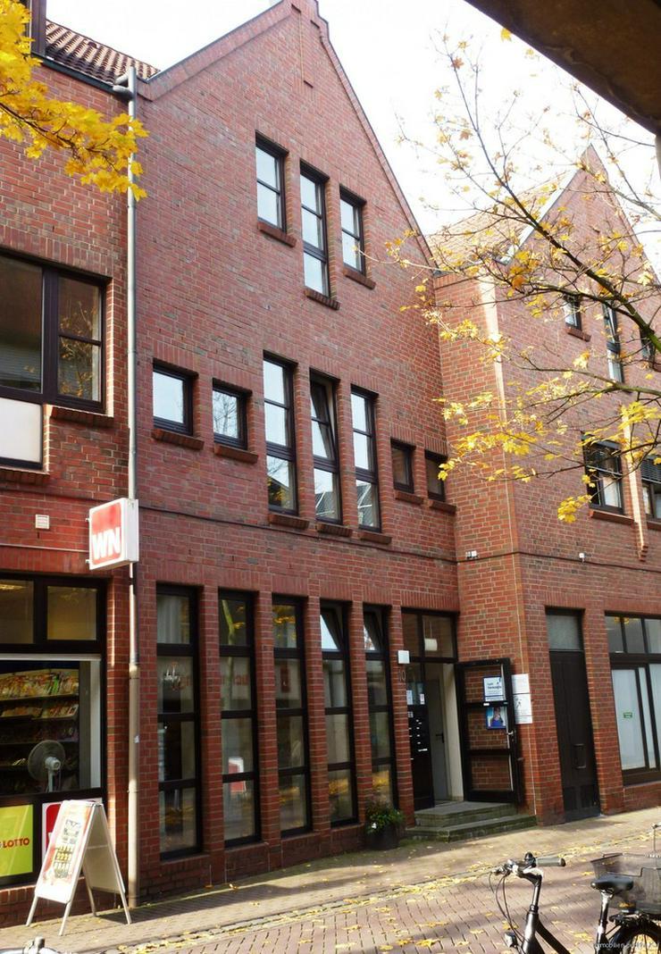 Bild 2: Stadtmitte: Große DG-Wohnung mit Aufzug und Terrasse