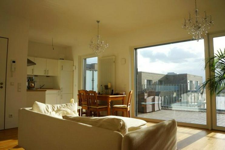 Bild 3: Weserblick zum Träumen! Sonnendurchflutete 3 Zimmer-Wohnung mit großer Dachterrasse