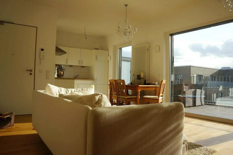 Bild 2: Weserblick zum Träumen! Sonnendurchflutete 3 Zimmer-Wohnung mit großer Dachterrasse