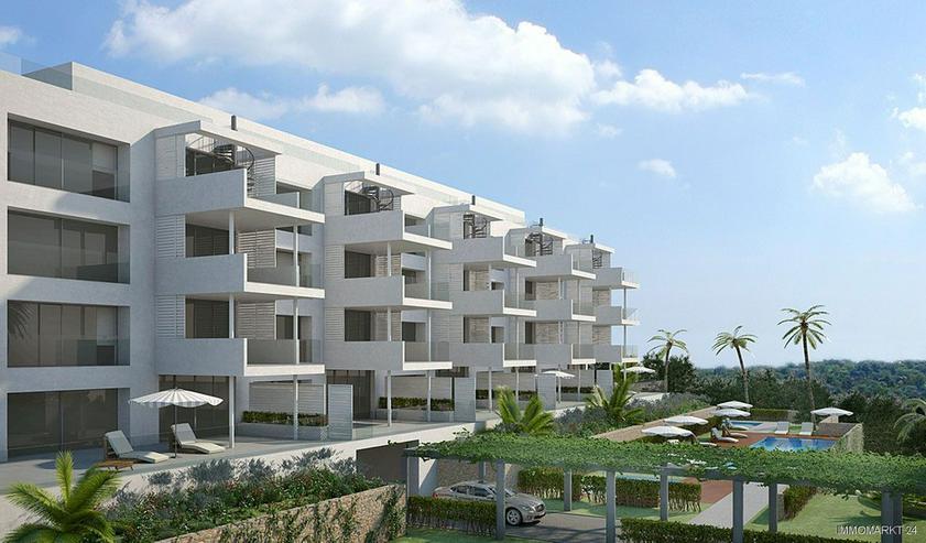 Bild 3: Klassische und stilvolle 4-Zimmer-Wohnungen in exklusivem Golf-Resort