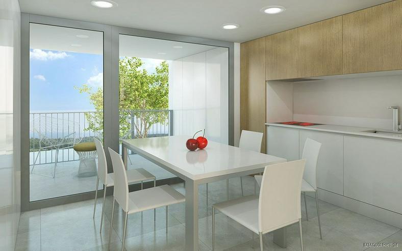 Bild 5: Klassische und stilvolle 4-Zimmer-Wohnungen in exklusivem Golf-Resort