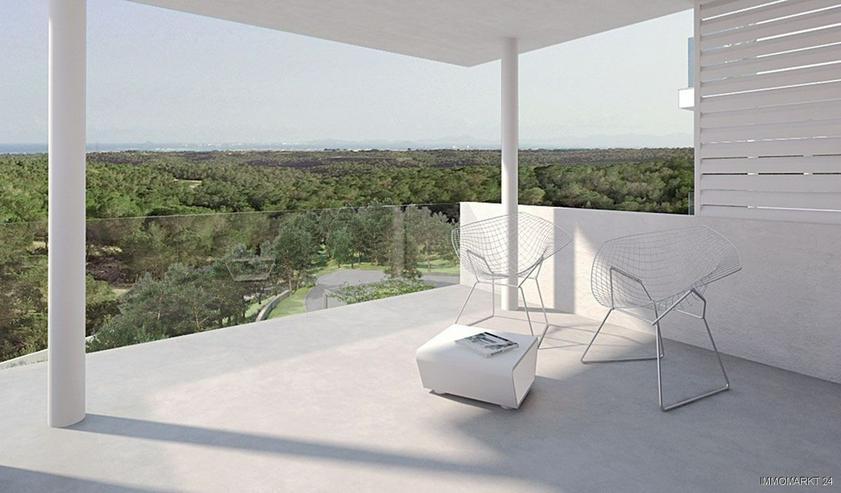 Klassische und stilvolle 4-Zimmer-Wohnungen in exklusivem Golf-Resort - Wohnung kaufen - Bild 1