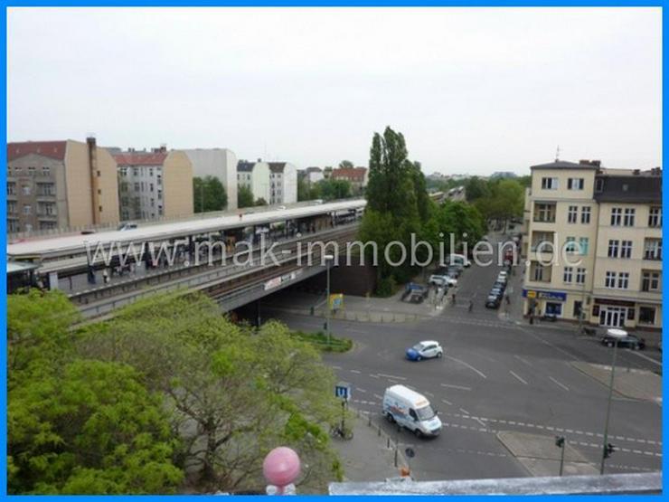 MAK Immobilien empfiehlt: Sehr gepflegte Büroetage am Bundesplatz