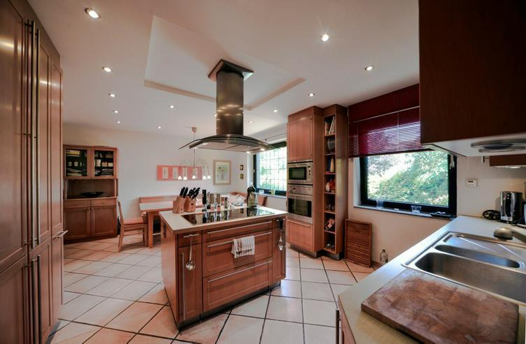 Bild 4: Ein ganz besonderes Einfamilienhaus in bester Lage von Hünxe!