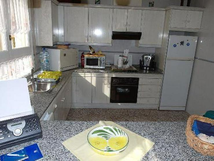 Bild 4: Schöne Villa mit Wintergarten, Garage und Privatpool in La Escuera