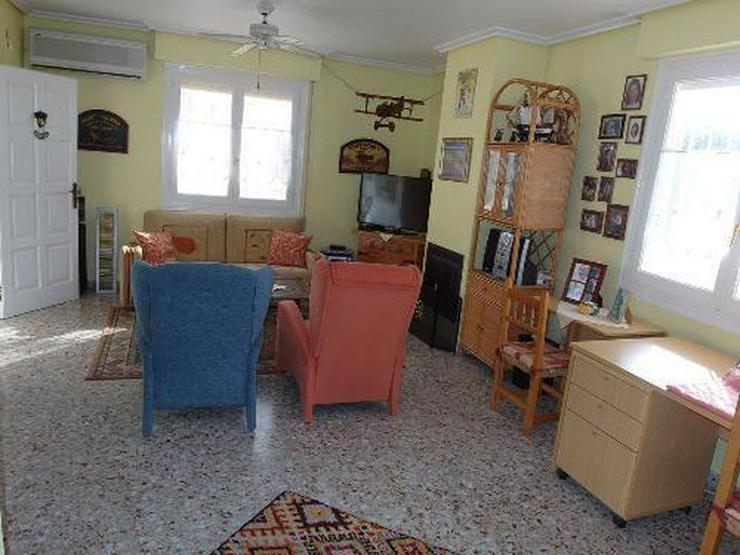 Bild 3: Schöne Villa mit Wintergarten, Garage und Privatpool in La Escuera