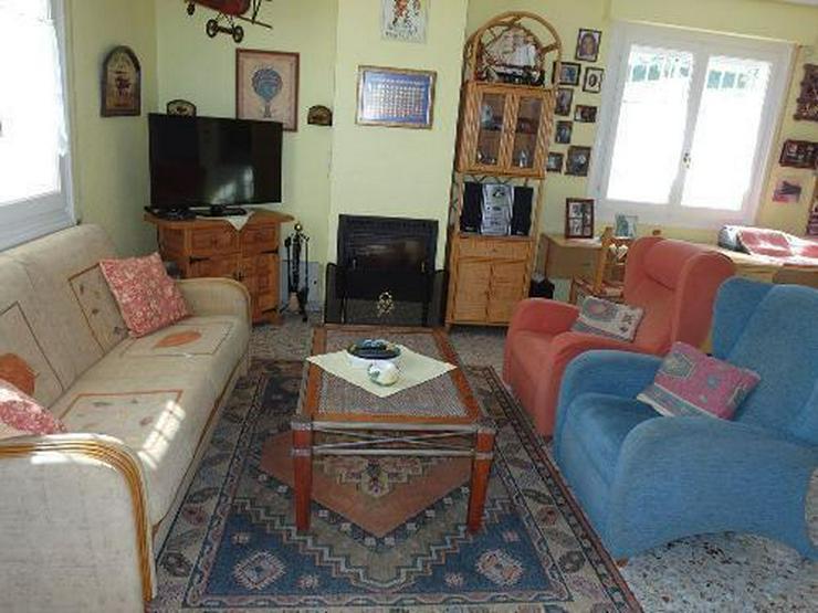 Bild 2: Schöne Villa mit Wintergarten, Garage und Privatpool in La Escuera