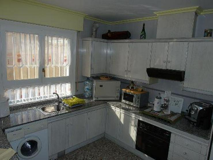 Bild 5: Schöne Villa mit Wintergarten, Garage und Privatpool in La Escuera