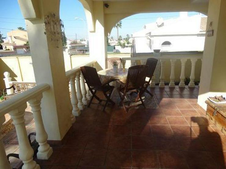 Bild 3: Sehr schöne und großzügige Villa mit Privatpool