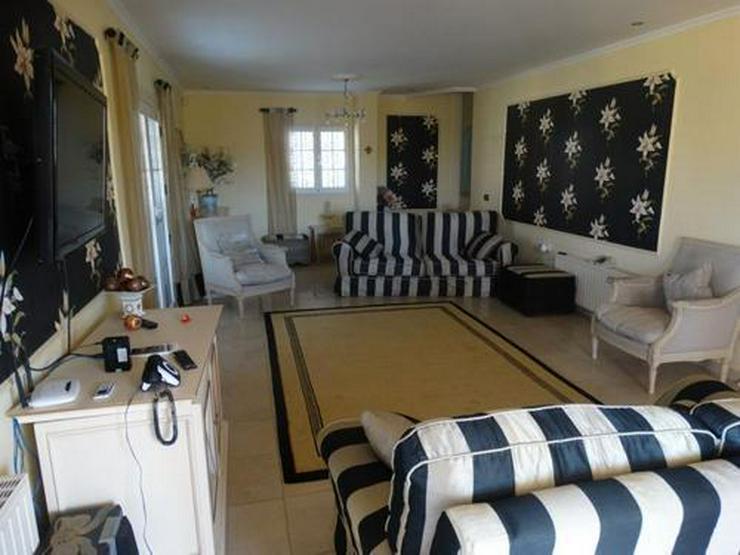 Bild 5: Sehr schöne und großzügige Villa mit Privatpool